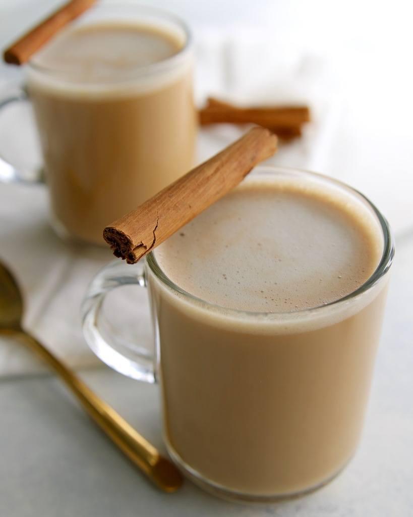 Recipe for keto coffee that tastes like an oatmeal cookie.