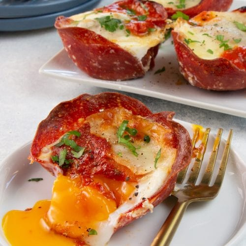 keto-pizza-egg-cups