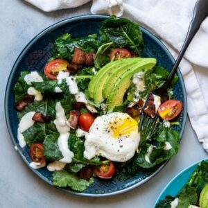 Recipe for a flavorful BLT Breakfast Salad.