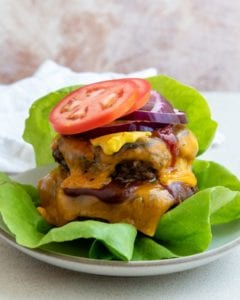Quick and easy recipe for bbq cheeseburgers.